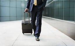 Conceito do curso de Traveler Journey Business do homem de negócios fotos de stock royalty free