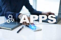 Conceito do desenvolvimento de Apps Tecnologia do negócio e do Internet imagens de stock royalty free