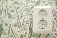 Conceito do dinheiro do ââsave na eletricidade Imagem de Stock Royalty Free