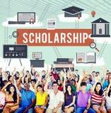 Conceito do dinheiro do empréstimo do ensino universitário do auxílio da bolsa de estudos Foto de Stock