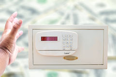Conceito do dinheiro do ladrão Fotos de Stock