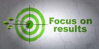 Conceito do negócio: alvo e foco em RESULTADOS no fundo da parede Foto de Stock