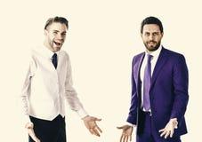 Conceito do negócio e das relações Homens no vestuário formal ou homens de negócios com suportes de sorriso das caras Fotos de Stock