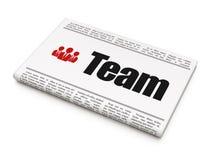 Conceito do negócio: jornal com equipe e negócio Fotos de Stock Royalty Free
