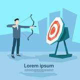 Conceito do objetivo de Archer To Target Get do alvo do homem de negócio Imagem de Stock Royalty Free
