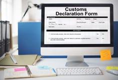Conceito do pacote do frete da fatura do formulário de declaração alfandegária fotografia de stock