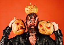 Conceito do partido de Dia das Bruxas Monstro com decorações de outubro foto de stock