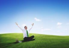 Conceito do rafrescamento de Freedom Relaxation Getaway do homem de negócios foto de stock