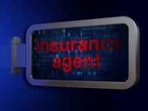 Conceito do seguro: Agente de seguros no fundo do quadro de avisos Foto de Stock
