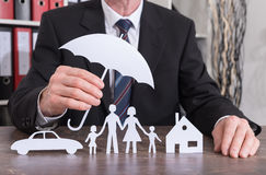 Conceito do seguro da família, da casa e de carro Foto de Stock Royalty Free