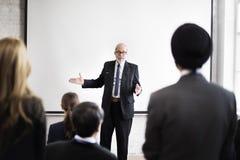 Conceito do seminário da apresentação da reunião da conferência de uma comunicação foto de stock