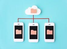 Conceito do telefone dos trabalhos em rede do telefone celular de Smartphone Fotos de Stock