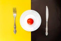Conceito do tempo do almoço Placa com faca e forquilha Imagens de Stock Royalty Free
