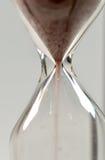 Conceito do tempo com hourglass imagens de stock