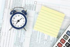 Conceito do tempo do imposto foto de stock royalty free