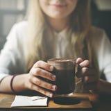 Conceito do tempo livre da bebida do abrandamento da cafetaria Fotografia de Stock Royalty Free