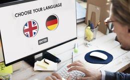 Conceito dos inglês-alemão do dicionário de língua fotografia de stock