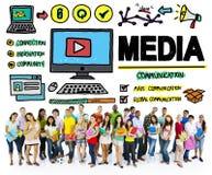 Conceito dos multimédios de uma comunicação da confusão dos dispositivos dos meios foto de stock
