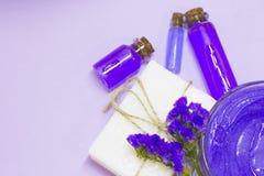 Conceito dos termas da aromaterapia da alfazema imagens de stock
