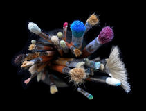 Conceito dos trabalhos de equipa das escovas de pintura Fotos de Stock Royalty Free