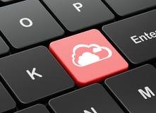 Conceito dos trabalhos em rede da nuvem: Nuvem no fundo do teclado de computador Fotos de Stock Royalty Free