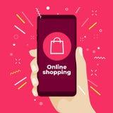 Conceito em linha da compra com a mão que guarda o smartphone e ícones em linha da loja ilustração royalty free