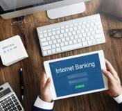Conceito em linha da tecnologia do pagamento dos Internet banking imagens de stock