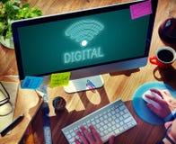Conceito em linha do ícone de uma comunicação de Wifi da rede Imagens de Stock Royalty Free