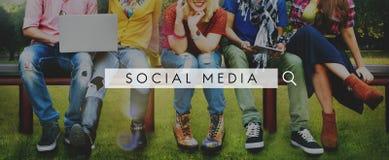 Conceito em linha do Internet da Web social da rede dos meios foto de stock