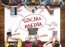 Conceito em linha social de Media Communication imagem de stock royalty free