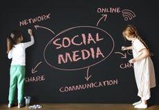 Conceito em linha social de Media Communication fotografia de stock