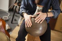 Conceito exótico dos instrumentos do flamenco da percussão do metal fotos de stock