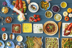 Conceito festivo da unidade do partido do restaurante do alimento foto de stock