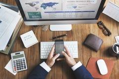 Conceito financeiro do custo do planeamento da estratégia do negócio global fotos de stock