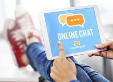 Conceito global da conversação em linha do bate-papo de uma comunicação imagem de stock royalty free