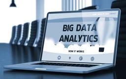Conceito grande da analítica dos dados na tela do portátil 3d Imagens de Stock Royalty Free