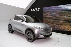 Conceito híbrido de Peugeot HR1 - Genebra 2011 Imagem de Stock Royalty Free