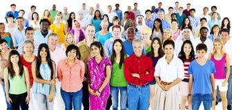 Conceito multi-étnico do grande grupo de pessoas da diversidade imagens de stock
