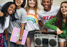 Conceito ocasional do estilo da juventude da cultura do estilo de vida dos adolescentes fotos de stock