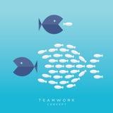 Conceito pequeno dos trabalhos de equipa dos peixes dos peixes grandes ilustração stock