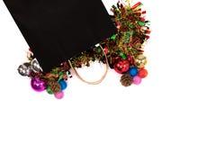 Conceito preto de sexta-feira Tiro aéreo do saco preto com Natal imagens de stock