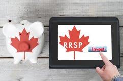 Conceito registrado canadense do plano das economias da aposentadoria fotos de stock royalty free