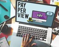 Conceito satisfeito da observação da lente de aumento do pay-per-view Foto de Stock