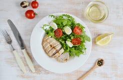 Conceito saudável da salada de frango Foto de Stock