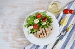Conceito saudável da salada de frango Imagens de Stock