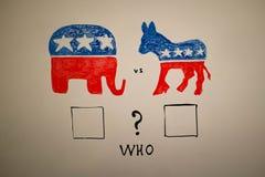 Conceito simultâneo da política Democratas contra eleições dos republicanos Imagem de Stock