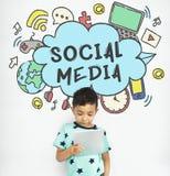 Conceito social de conexão de Media Communication fotografia de stock