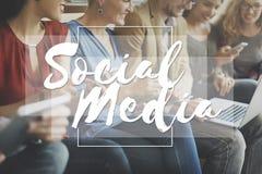 Conceito social do bate-papo dos trabalhos em rede da conexão dos meios fotos de stock royalty free