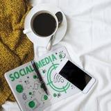 Conceito social do sinal de Wifi da palavra dos meios Foto de Stock Royalty Free