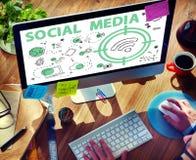 Conceito social do sinal de Wifi da palavra dos meios Imagens de Stock
